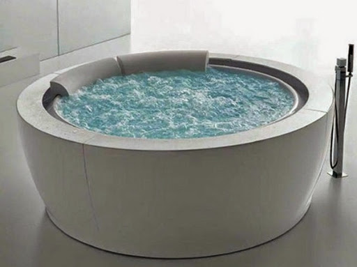 round-modern-portable-whirlpool-with-round-shape