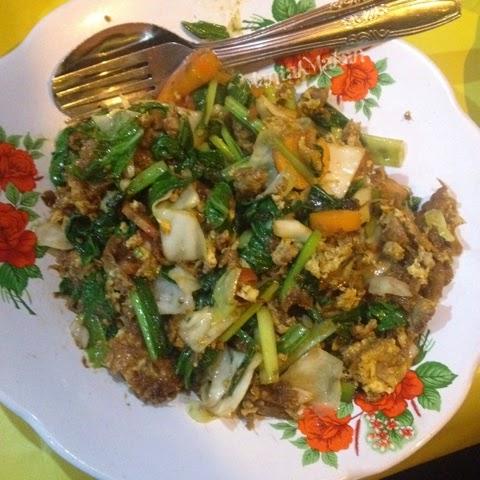 Maniak Makan, Orak Arik telur Sumber Bestik Pak Dharmo, Solo
