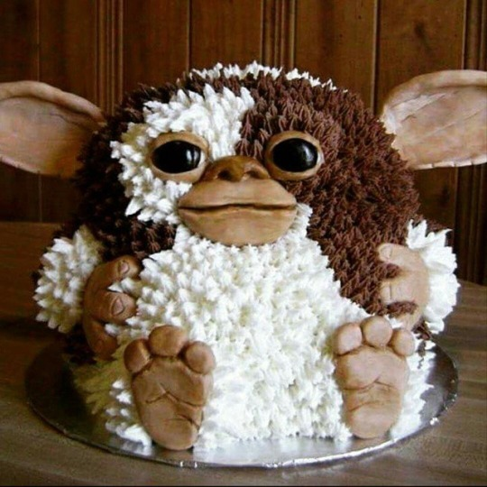 Gremlins Gizmo Cake by Eat Cakes