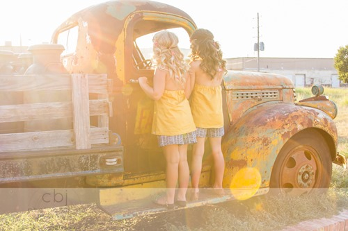 Daydream Believers Designs handcrafted, retro inspired, clothing for girls. The Belle top and Emmy shorts for Captured by Jes.
