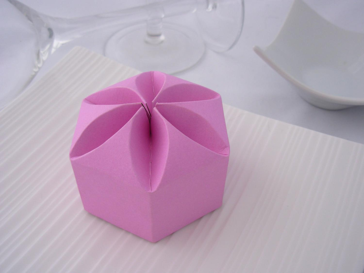 DIY Wedding Favor - Lotus
