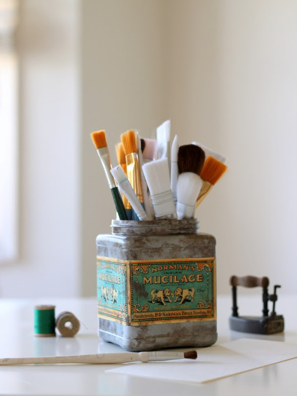 Faux Vintage Tin from Plastic Tub via homework (4)