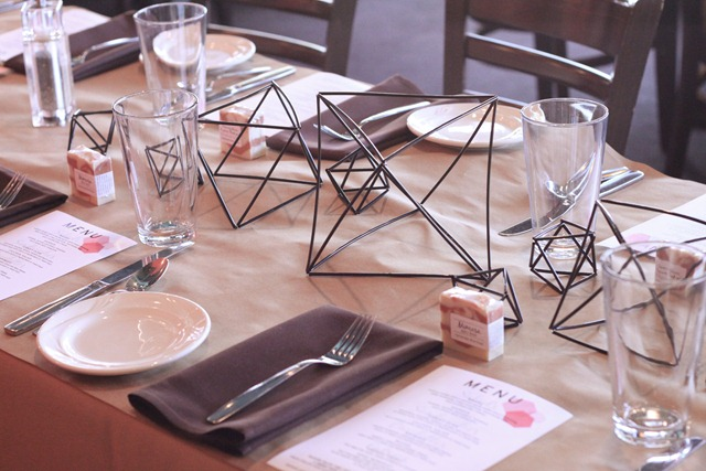 Table-Settings
