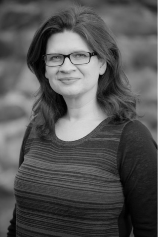 Author Spotlight: Emmy Laybourne