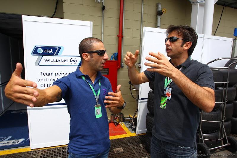 Тони Канаан и Кристиан Фиттипальди на Гран-при Бразилии 2011