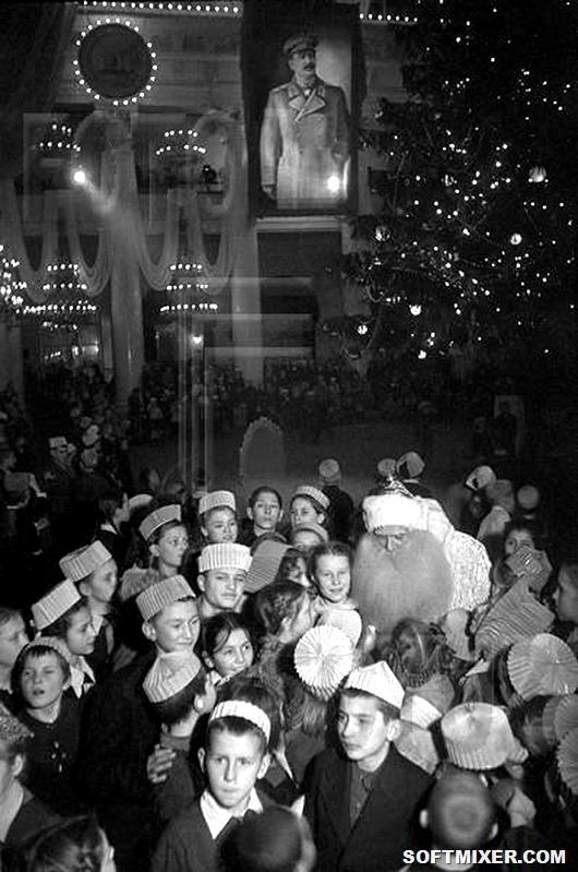 Ded_Moroz_fotografija_Je.Evzerihina_Moskva_Kolonnyj_zal_Doma_Sojuzov_1941_g
