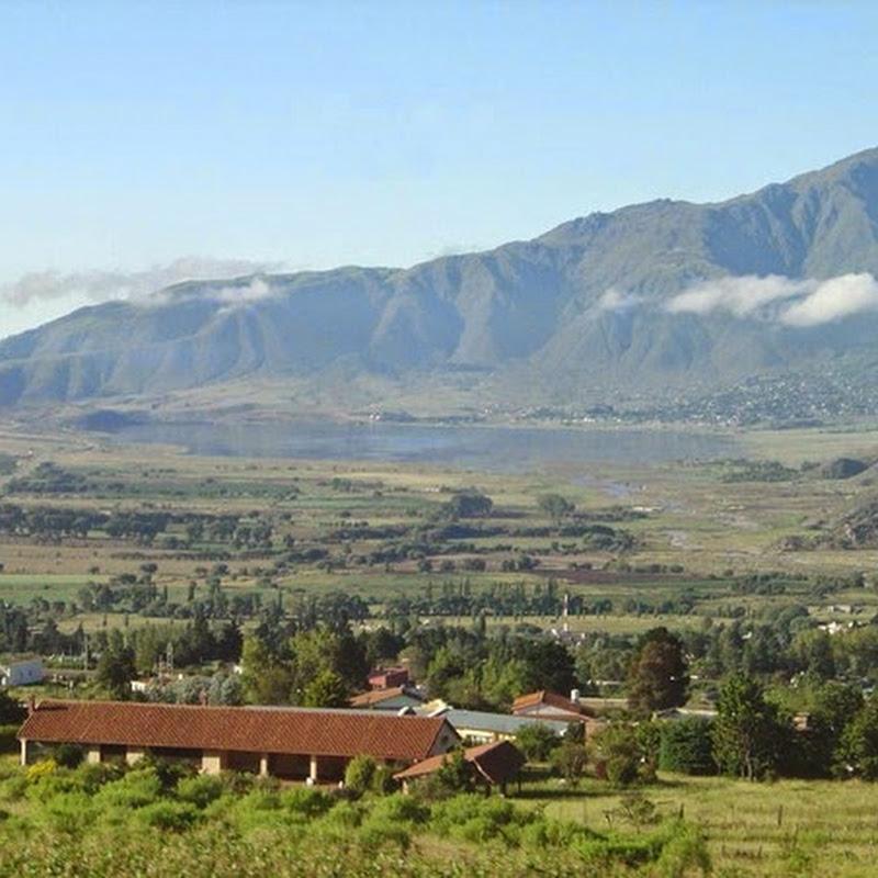 Tafí del Valle combina un clima ideal con uno de los paisajes mas sorprendentes de la Argentina.