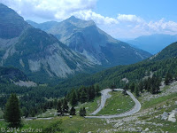 Südrampe des Col de la Cayolle (2326 m) Richtung Entraunes.