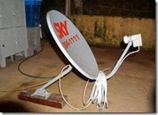 antena-de-chao-com-pe-de-madeira