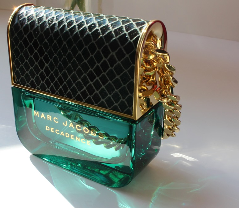 Marc-Jacobs-Decadence-perfume