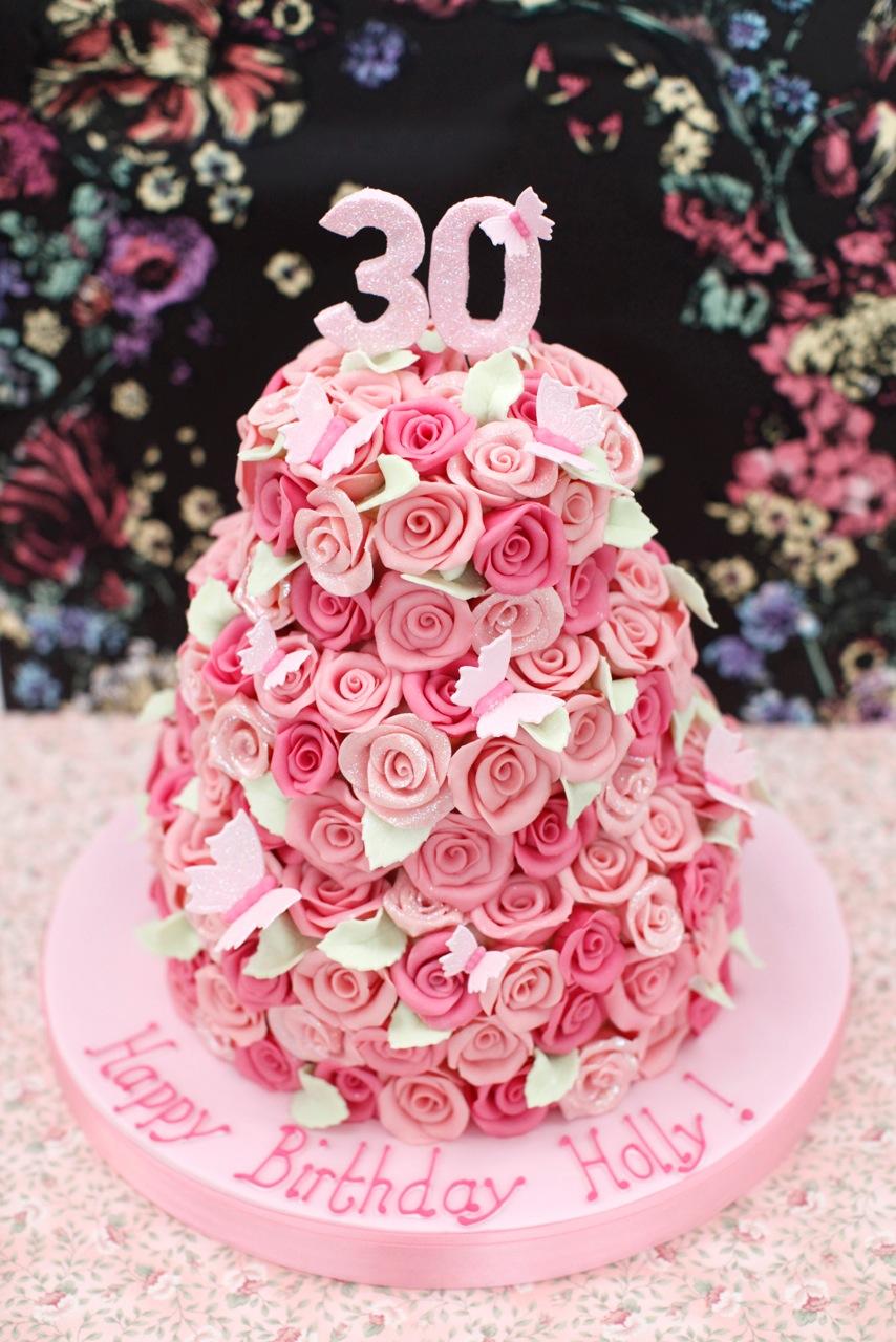 Chee\'s blog: fancy wedding cupcakes