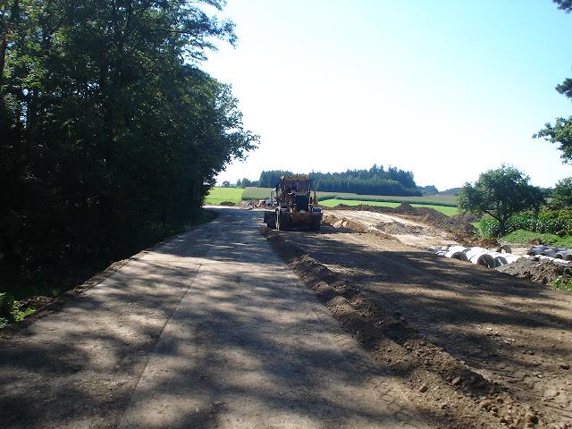przejazd 5km budową drogi