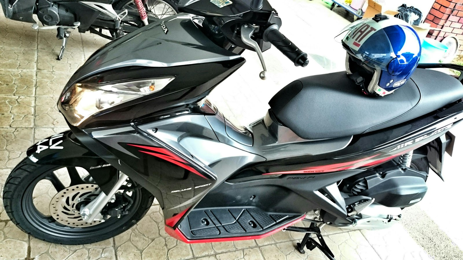 globe nomad rider: just bought honda air blade for town riding
