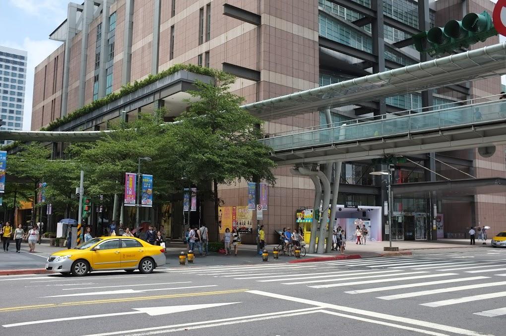 Taipei street walk