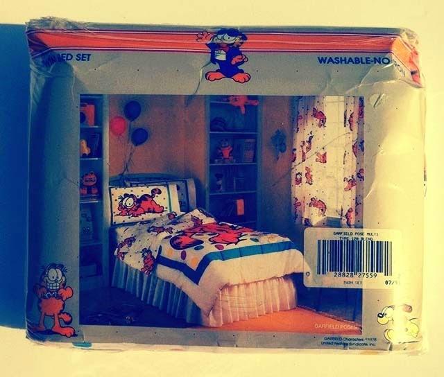 Garfield Bedding Back