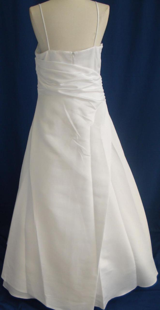 Imagine yourself in this gorgeous Informal bridal wedding dress,