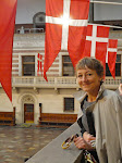 Anni Birgitte i rådhushallen