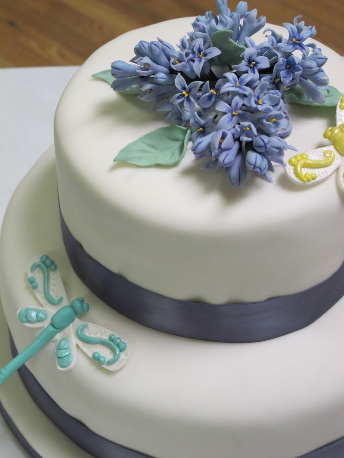 Spring Lilac wedding cake