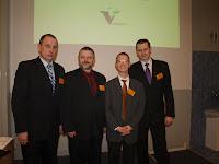 Grupa VetBiznes: M. Wojtacki, A. Lisowski, C. Kolthoff (wykładowca), R. Karczmarczyk