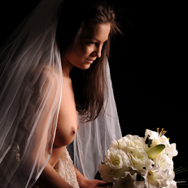 bride by Vineet Johri - Nudes & Boudoir Artistic Nude
