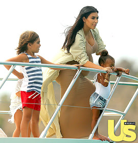 Isn't she lovinly cute? Kim's daughter North visits the beach with cousins(photo)
