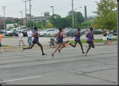 Purple Elites sprint for the finish!