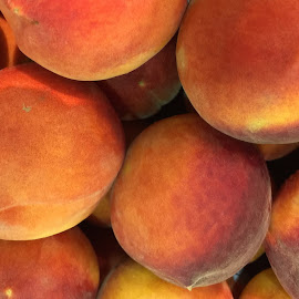 peaches... by Clara Scarano Scubla - Food & Drink Fruits & Vegetables ( fruit, ripe fruit, peaches )