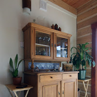 Antique german cabinet (Foto by Ted Grant)
