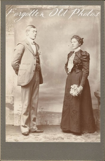 Unknown Couple Andrew Forsander Neganee mich  Duluth Antiques