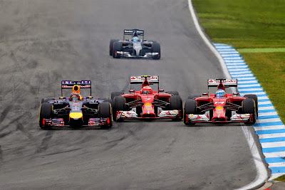 Кими Райкконен пропускает Себастьяна Феттеля и Фернандо Алонсо на Гран-при Германии 2014