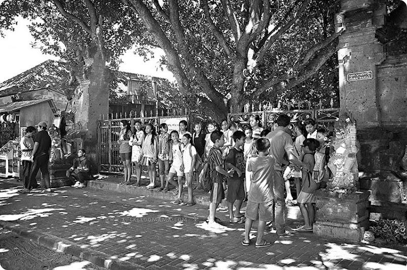 Bali-kids-(1)bw