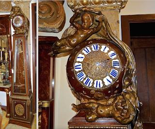 Красивые напольные часы 19-й век. Бронзовые пути, корпус красного дерева, бронзовый декор.