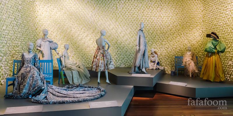 """""""Garden Inspiration"""" Showcase of Oscar de la Renta: The Retrospective exhibition at de Young Museum, San Francisco."""