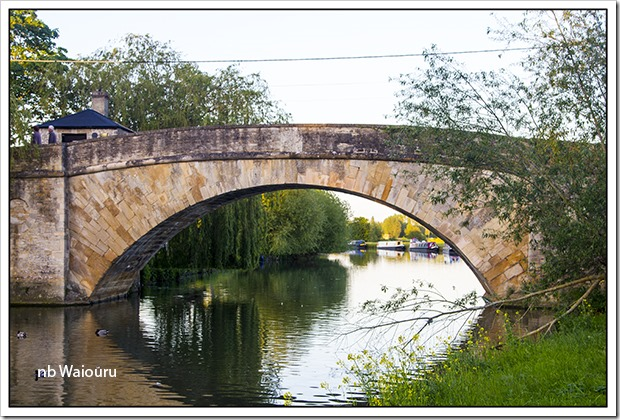 lechlade bridge1