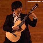 Taiki Matsumoto, nació en Kyoto (Japón) y comenzó a estudiar guitarra a la edad de 15 años con el maestro Masanobu Nishigaki.