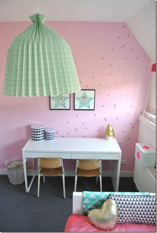 diy-fai da te-pallini dipinti parete-camera bimbi