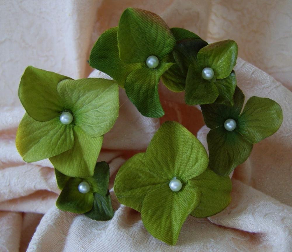 Green Hydrangeas Bridal Hair