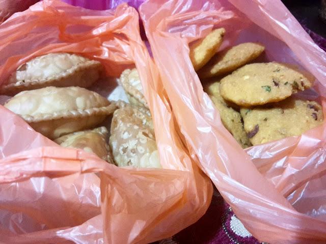 Karipap Masih 3 RM1, kuih melayu