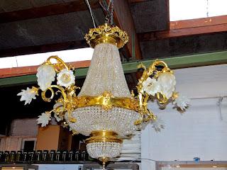 Большая люстра ок.1930 г. Стекло, бронза, позолота. 130/120 см.12000 евро.