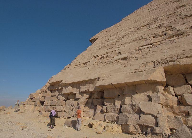 bent-pyramid-1