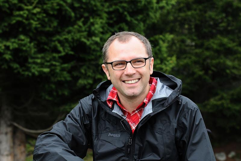 улыбающийся Стефано Доменикали на летнем Wrooom 2011