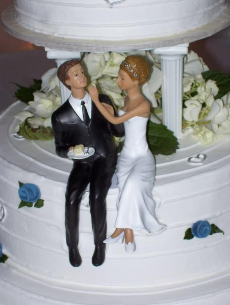 Fun wedding cake & topper