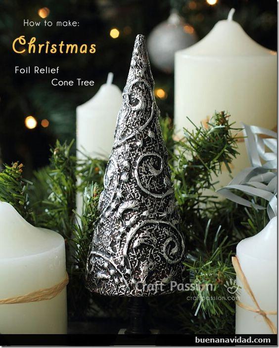 arbol navidad plateado con relieve buenanavidad com (1)