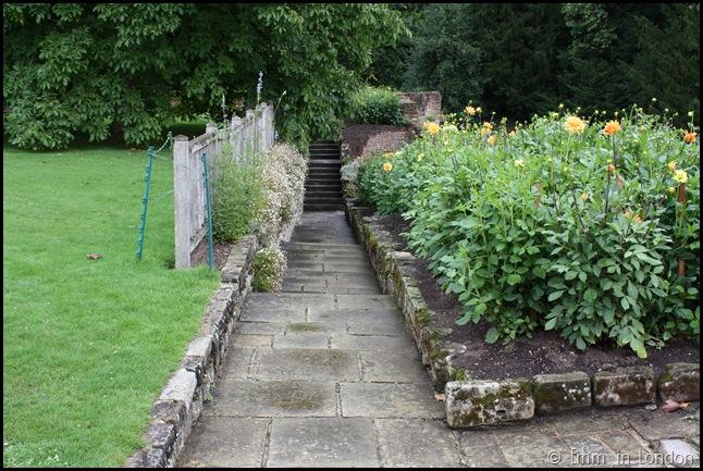 The Gardens Of Eltham Palace (2)