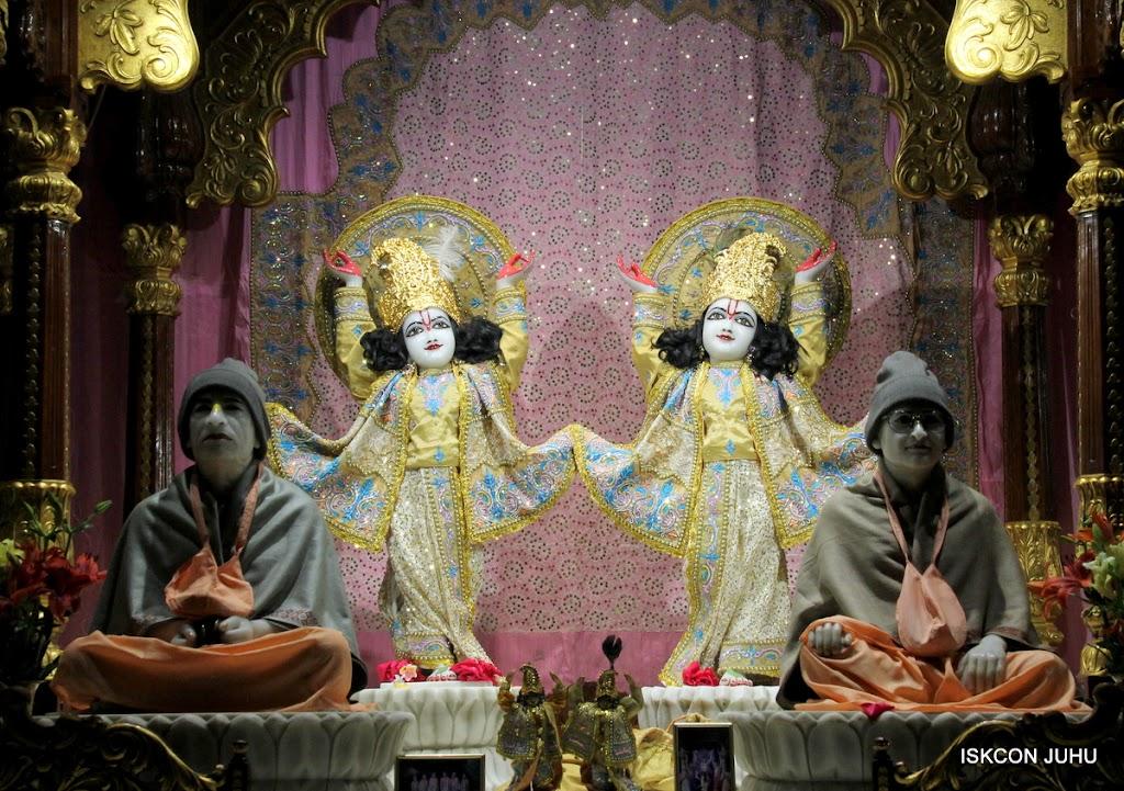 ISKCON Juhu Mangal deity Darshan 09 Feb 16 (26)
