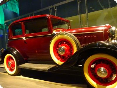 1932 Ford V-8