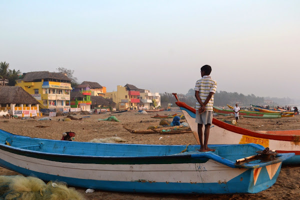 мамаллапурам побережье пляж лодка