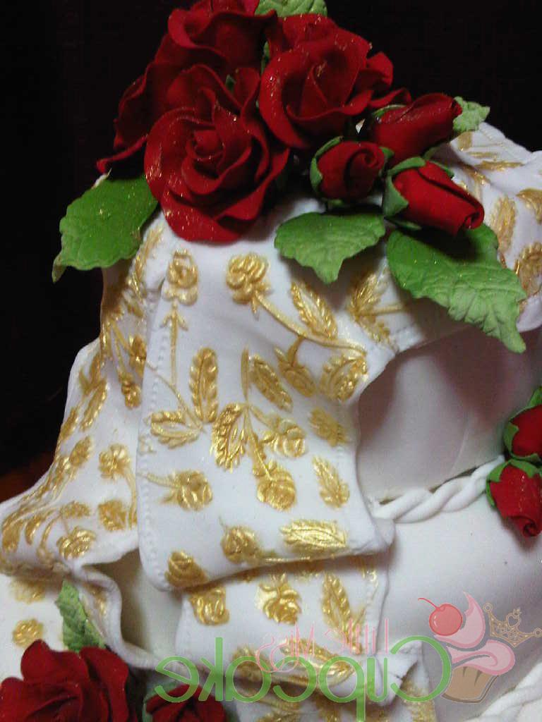 Roses Wedding Fondant Cake