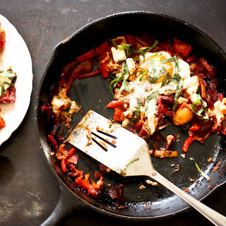 Shakshuka -North African Skillet Eggs
