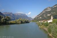 Der Ort Borghetto, im Tal der Etsch.